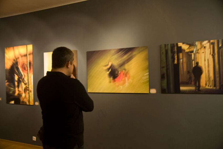 Έκθεση Dream Flow: Shadows in an Old City @ Nafplion Art Gallery